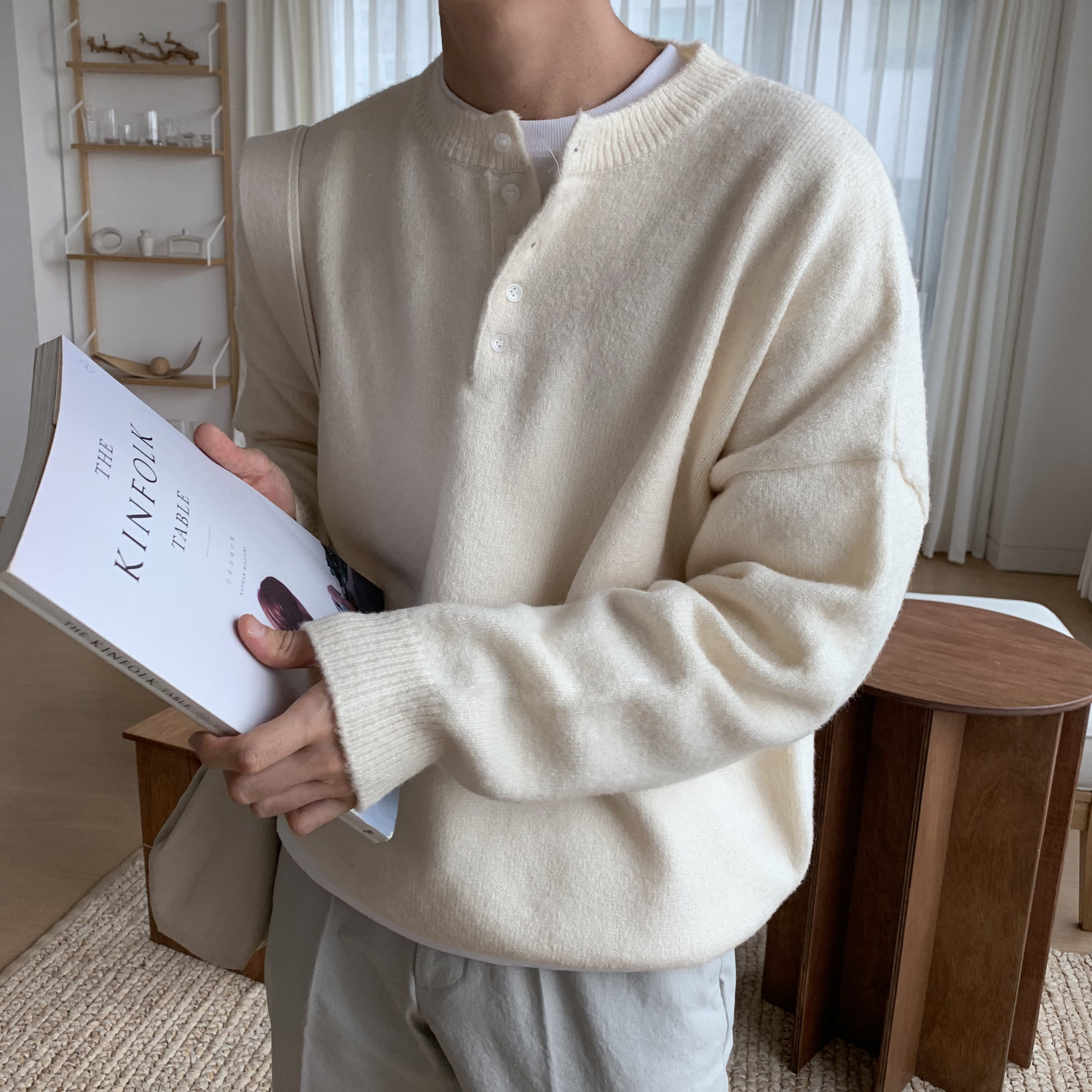 Over-fit Henly neck Knit (ivory)